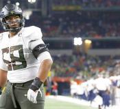 Oregon offensive lineman Penei Sewell