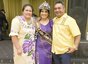 Miss Samoa Melbourne Latisha Sialaoa with her proud parents, Fono and Sialaoa