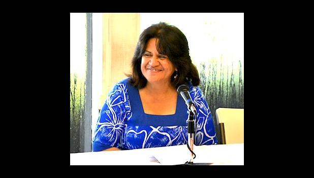 Le Faatonusili o le Ofisa o le Puipuiga o le Vaomatua ma le Siosiomaga ia Dr. Ruth Matagi.  [ata AF]