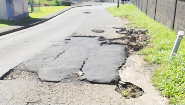 Road patch and potholes Kokoland Road