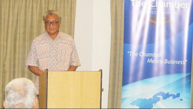 Commerce Department Acting Director, Keniseli Lafaele speaking Wednesday night to the Chamber of Commerce general membership meeting on economic development issues.  [photo: FS]