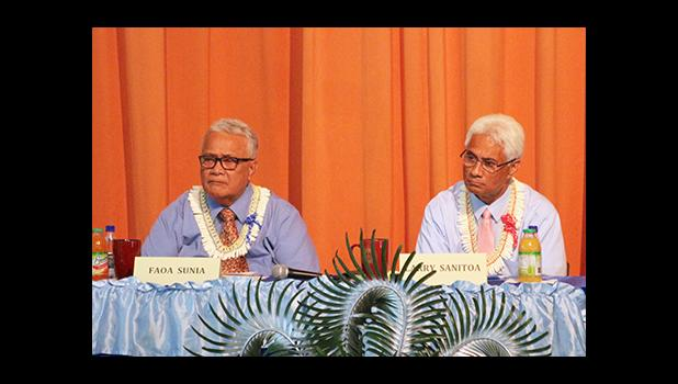 Team Faoa Aitofele Sunia and Larry Sanitoa during this past Monday's Gubernatorial Forum on Disability issues. [photo: TG]
