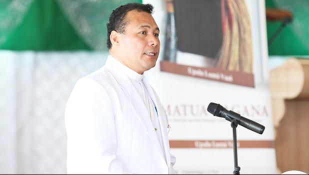 Reverend Dr. Upolu Lumā Vaai at an earlier book launch in Apia. [courtesy photo]