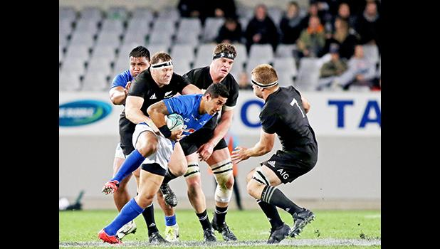 As evident by the score, after the first 15 minutes of the first half, Manu Samoa could not offensively challenge the All Blacks.  The New Zealand All Blacks defeated Manu Samoa 15s 78-0 at Eden Park, Auckland, New Zealand.   [Photo: Barry Markowitz]