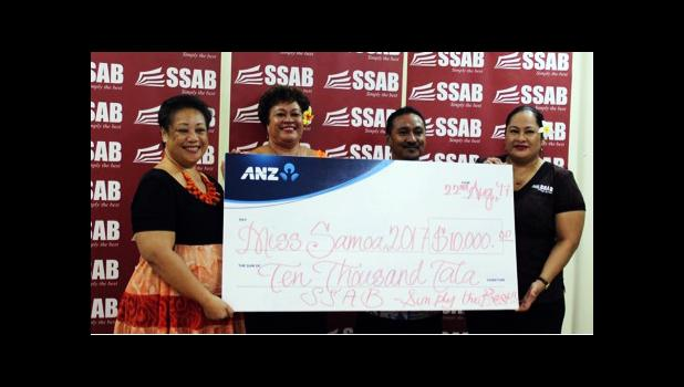 (L-R) SEI President Laeimau and colleagues in the center receiving the $10,000 corporate sponsorship from SSAB Owner Fiti Leung Wai. [Courtesy photo]