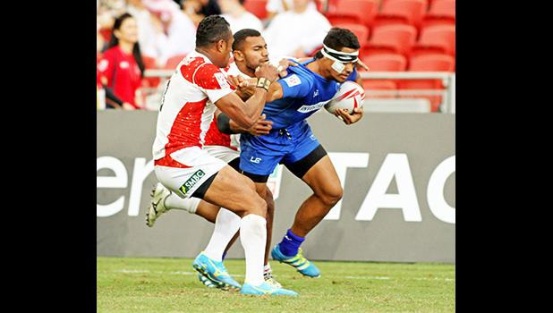 Samoa's confidence rebounded in their 26-14 victory over Japan at the Singapore HSBC Sevens, Day 2, National Stadium, Singapore. [Photo: Barry Markowitz]