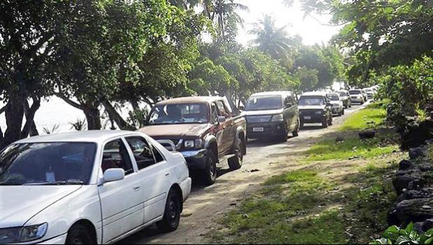 Road blockage in Luataunuu village, Samoa [Photo: RNZ Pacific/Autagavaia Tipi Autagavaia]