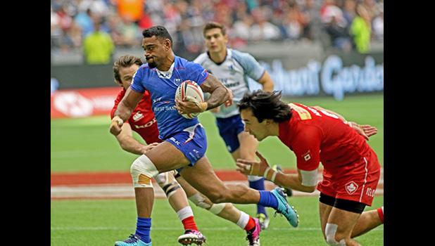 David Afamasaga was the dominant second half force, as he scored his second try in Manu Samoa's 21-15 victory over Canada at the Canada 7s, Day 2, BC Place, Vancouver, British Columbia, Canada.  Unfortunately Manu Samoa did not make it to the quarter finals. [Photo: Barry Markowitz]