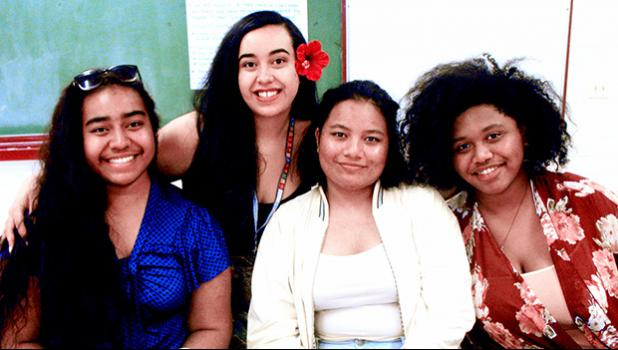 Cherelle Fruean (2nd left) with ASCC students