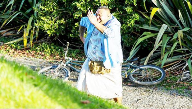 Tofiga Fepulea'i is the PI wannabe P.I. Bob Titilo in Take Home Pay.