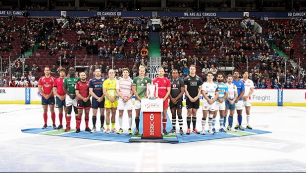 """""""The 2017 HSBC Canada Sevens Captain's photo took place last night with distinctly 'Canadian' flavour as the 16 teams were invited onto the ice prior to a Vancouver Canucks hockey game. Once the photo was taken, the Canadian and South African captains took part in a ceremonial faceoff with the captains of the New York Islanders and Vancouver Canucks.  The rugby players remained on the ice for the singing of the US and Canadian National anthems. [photo: courtesy World Rugby]"""