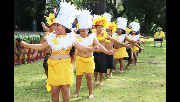 Cook Island dancers at Pasifika Festival 2018 Photo: [RNZ Pacific / Sela Jane Hopgood]