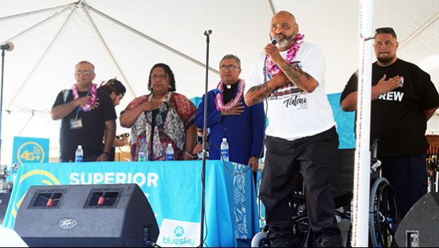 """Fiji"" singing the U.S. National Anthem."