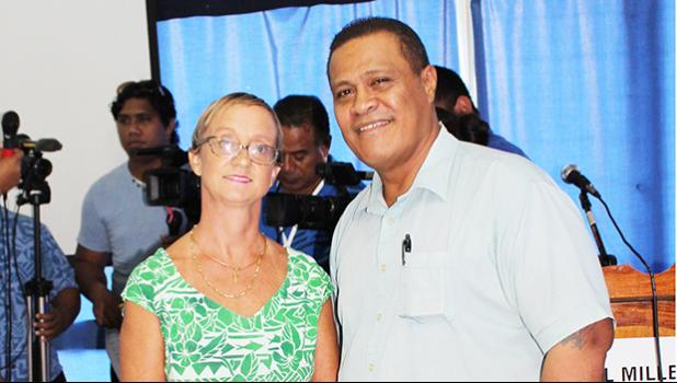 Galumalemana Tipi Autagavaia, a veteran journalist in Samoa and also a former president of Journalists Association of Samoa (JAWS) with chairperson of the newly established Samoa Media Council, Leautulilagi Vanessa Barlow Schuster.  (Photo JL)