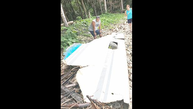 The Gurr family discovered, what one family member says appears to be a piece of a fishing boat, on the beach fronting their home at Maloatoa around Sunday afternoon (Mar. 26).  [Courtesy photo]