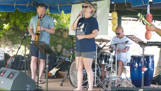 Papana Air Force Band at $2 Beach