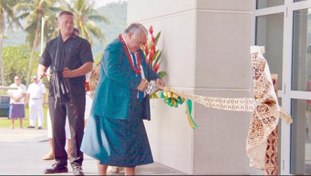 Samoa's Prime Minister Tuilapea Sailele Malielegaoi opens the Maoto Fono buidling