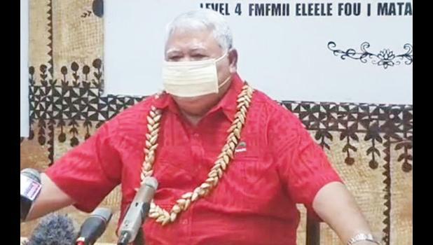 Prime Minister, Tuilaepa Sailele Malielegoi in a facemask