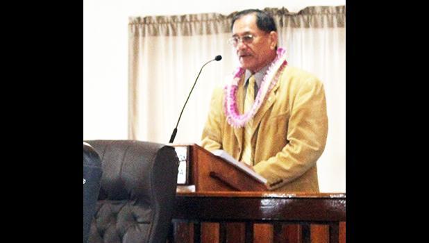Sen. Magalei Logovi'i  at podium.
