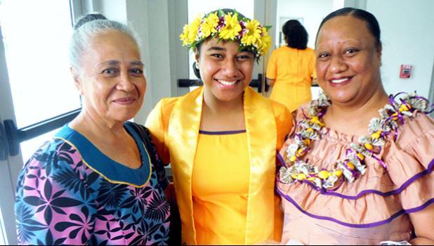 Family members with Aofaigaimanu Ta'afua
