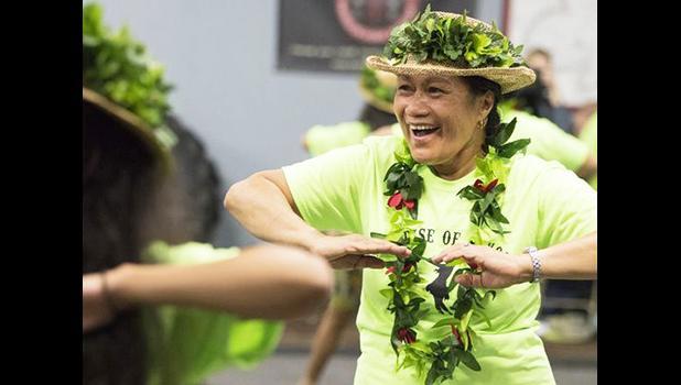 Tasi Keener, a Samoan dancer,