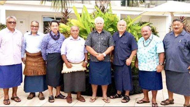 With ta'ovala are Soane Ramanlala and Penisimani Vea, the Director and the Chief Executive Officer of the Aotearos-Tonga Forest Product Ltd, 12 September 2017, Apia, Samoa. [Matangi Tonga photo]