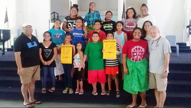 "Uelese Petaia, actor and performing arts activist gave acting tips to youngsters of the Silipas Playhouse, as it prepares to stage ""Twinderella"". Petaia can be currently seen in ""1000 Ropes"" — a Samoan-language drama film from the writer and director of the Orator, Tusi Tamasese. Tickets are on sale for $10 for Twinderella, set to be performed this week - on Wednesday and Thursday. Children below 10 years are free.  Doors open at 5:30 p.m. [Courtesy photo]"