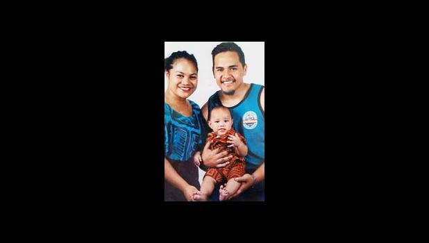 Jeremiah Malaki Tauili'ili with his family.