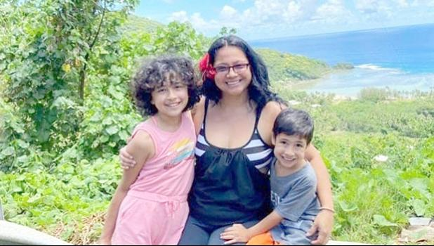 Epifania Rapozo and her children