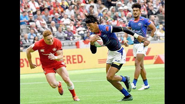 Manu Samoa's John Vaili scores his second try vs Canada,