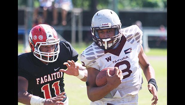 The 'Sophomore' quarterback for the Tafuna Warriors, Francisco Mauigoa