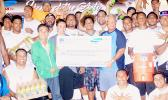 FAUTASI FIVA BEGINS: Last Friday, in Pago Pago, Mr. Ho of H&H Samsung, Ella Gurr of Pago Pago Trading Company with Uta Ifeau and the AETO fautasi team, held a donation ceremony. The companies donated $20,000 worth of supplies such as Gatorade sports drinks, Aquafina water, t-shirts, coolers, water bottles, etc.  —  to help the AETO team during their training for the 2017 Flag Day Fautasi Regatta. [photo: Ese Malala]