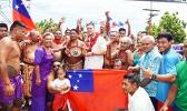 WBO Champion, Samoa's very own, La'auli Lupesoliai Joseph Parker arrived in Samoa Sunday morning and was welcomed with opens arms on the main highway by the LeAuva'a Village Council.   (Photo JL)