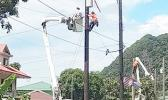 ASPA crew installing street lights