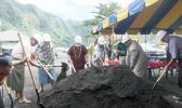 [l-r] Chief Associate Judge Mamea Sala Jr., Secretary of Samoan Affairs Mauga T. Asuega, Gov. Lolo Matalasi Moliga and others turn the soil