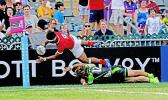 Tonga 7s Fine Inisi makes a crowd pleasing dive