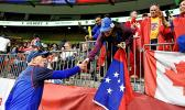 ir Gordon Tietjens greeted excited Manu Samoa fans